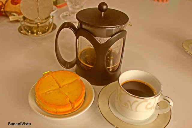 The French pot with a piston- served Classic Mountain with lemon tart