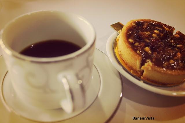 Coffee with lemon tart-amazing combo