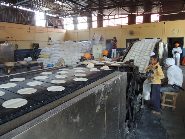 The roti making machine to make the roti faster