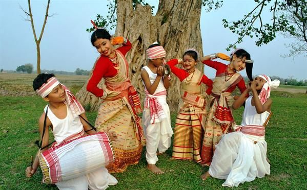 rongali bihu essay Bihu essay in hindi  a folk dance from the north eastern indian state of assam it is most related to the festival more commonly known as the rongali bihu this .