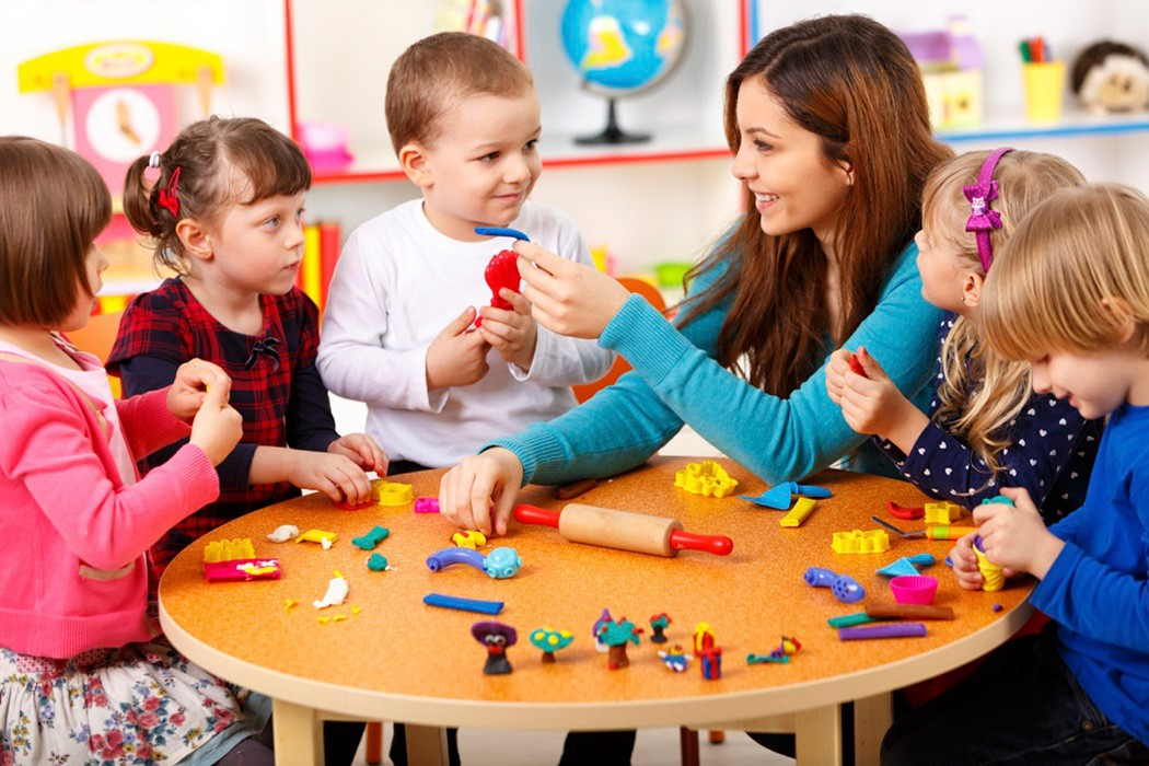 These daycare centres can take care of your child and provide a safe place