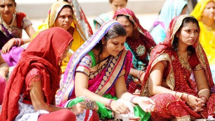 Women preparing for the puja
