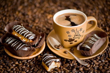 Pair your coffee with the best eateries!