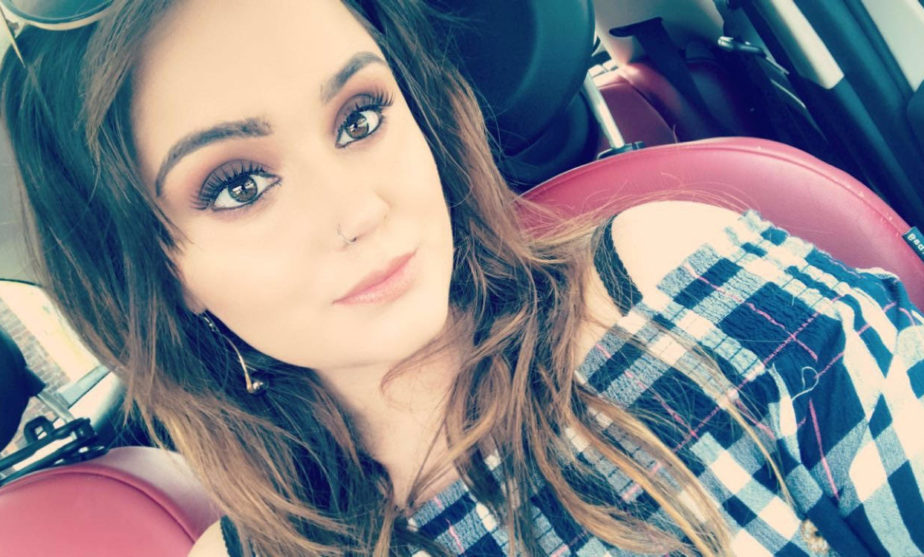 BananiVista, Interview with Make-Up Artist