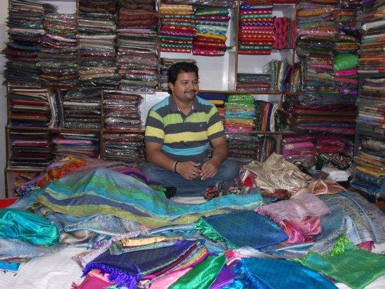 Bed Silk and Pashmina Shop