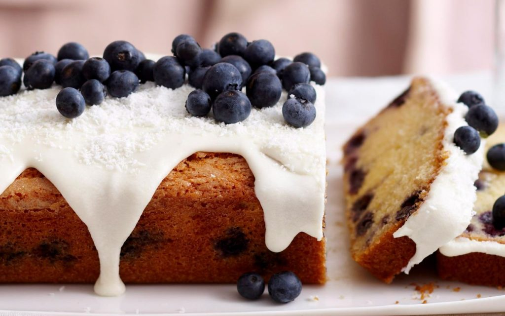 Blueberry and Dates Cake