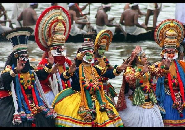 Festivals, kerala, katthakalli, bananivista, livingandexploring