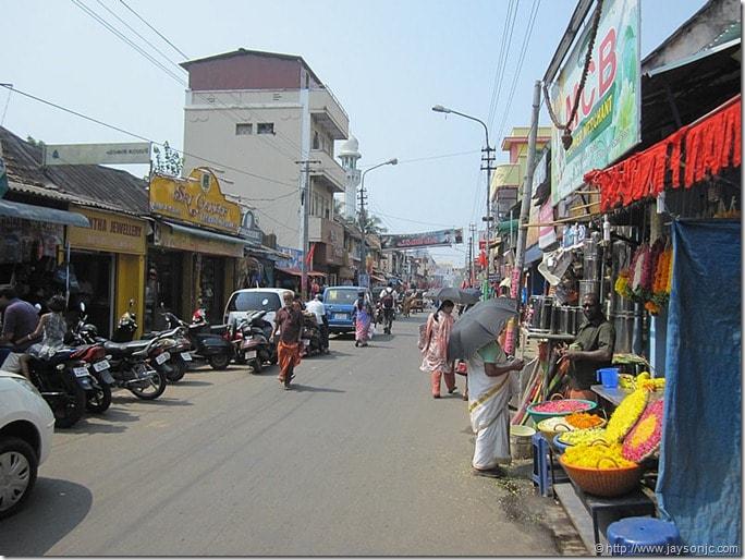 Explore the street market of Kerala