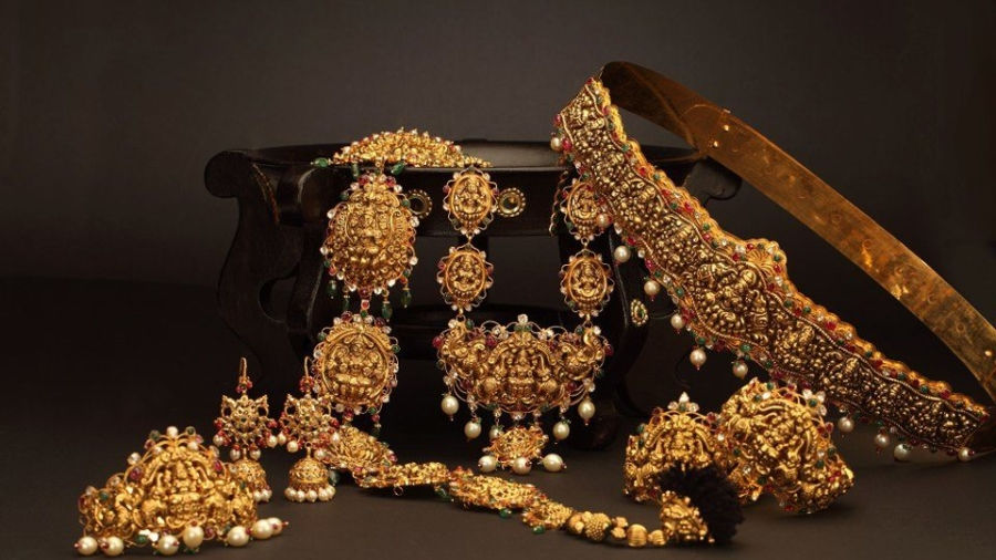 5 Easy and Effective Tips To Keep The Jewellery Rust Free - BananiVista
