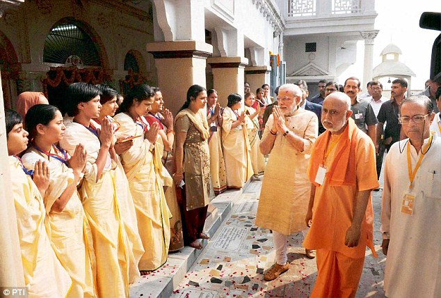 Women meeting the Prime Minister