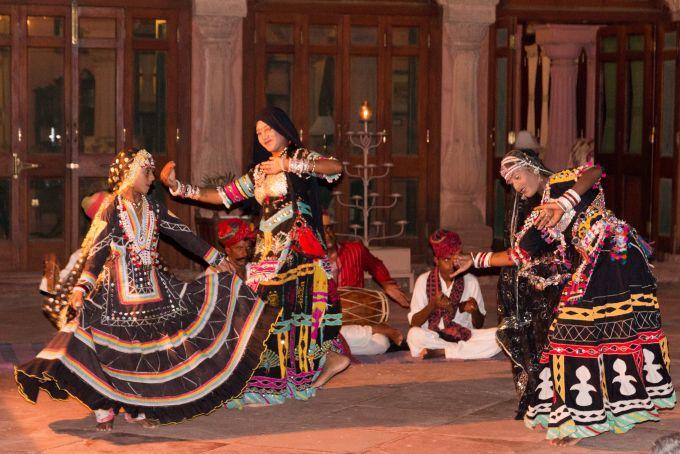 Kaalbeliya Dance.