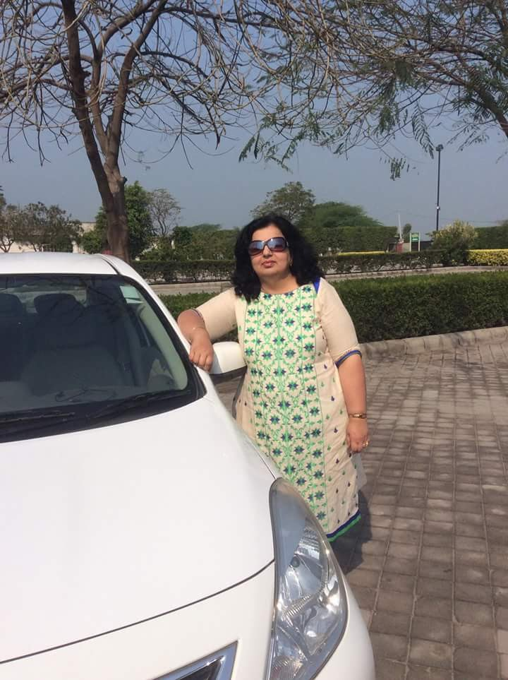 Supriya loves to travel
