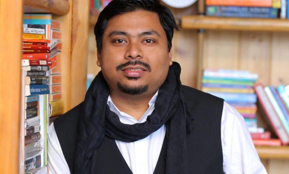 Ajitabha Bose, bananivista, livingandexploring