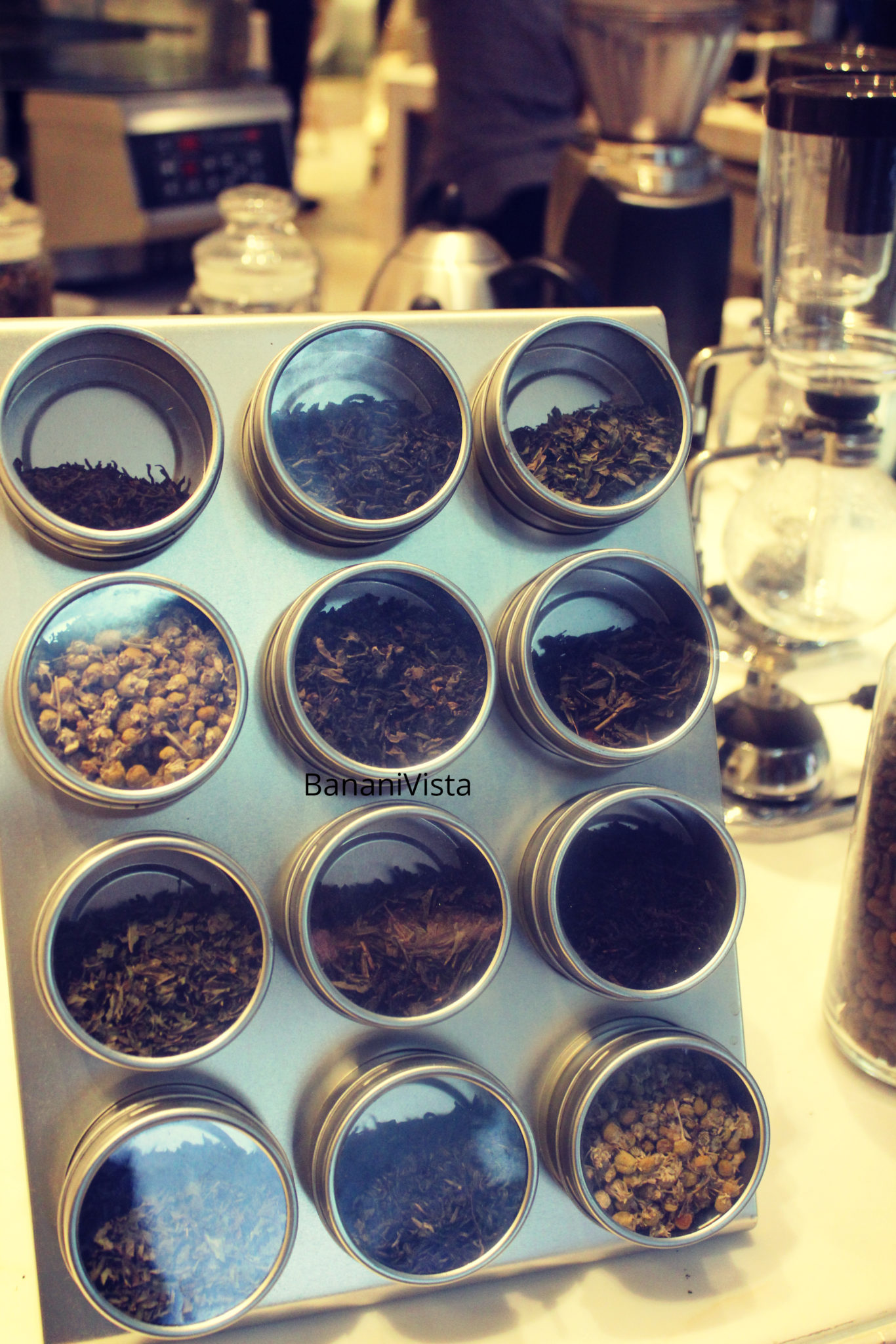 Select your tea, BananiVista, Menu