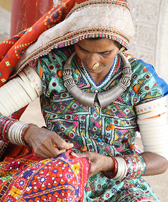 5 Types of Indian Hand Embroidery One Should Know